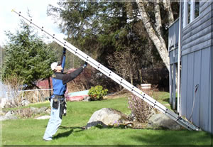 extension ladder set up #3. copyright 2006 volitar industries